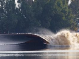 Kelly Slater, vague artificielle parfaite